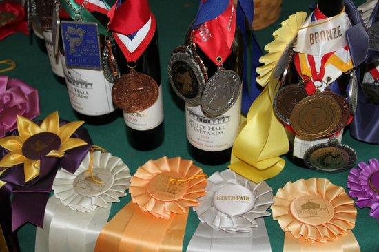White Hall Vineyards : Award winning wines