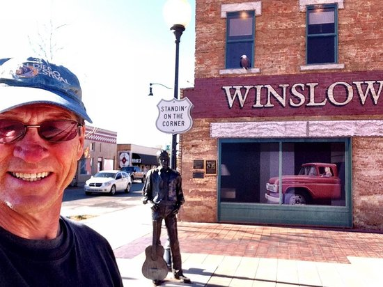standing on a corner in winslow arizona picture of standin 39 on the corner park winslow. Black Bedroom Furniture Sets. Home Design Ideas