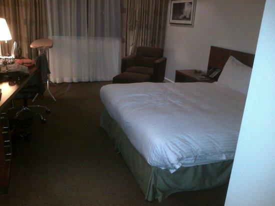 Crown Promenade Perth: Basic room