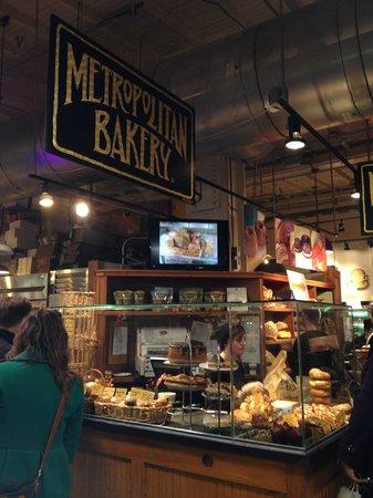 Reading Terminal Market: Metropolitan Market