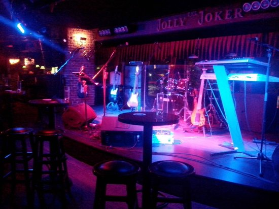 ‪The Jolly Joker Pub‬