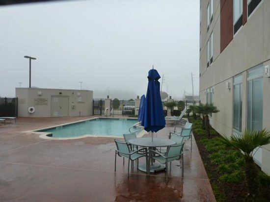 SpringHill Suites Houston Intercontinental Airport: Pool