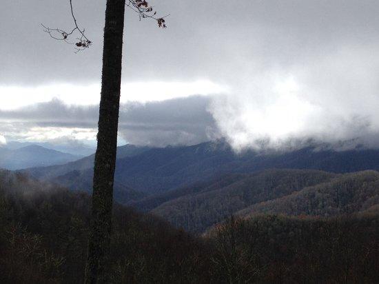 Gatlinburg Inn: Going over the mountain to Cherokee, NC
