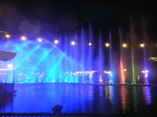 The Boardwalk Casino & Entertainment World: Abendliche Wassershow