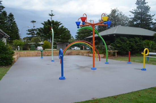NRMA Sydney Lakeside Holiday Park Narrabeen: The water park.