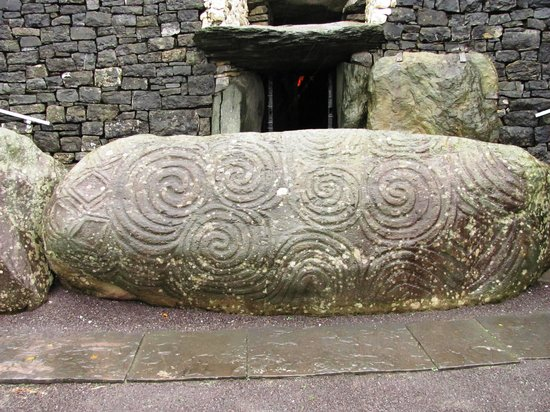 Newgrange megalithic art carvings picture of bru na
