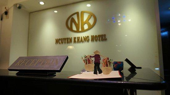 Nguyen Khang Hotel: Reception