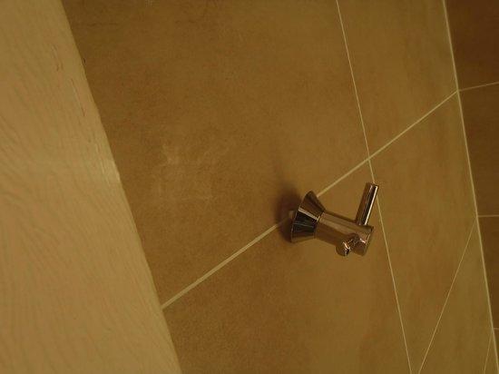 Stay Edinburgh City Apartments - Royal Mile: do repairs!!!