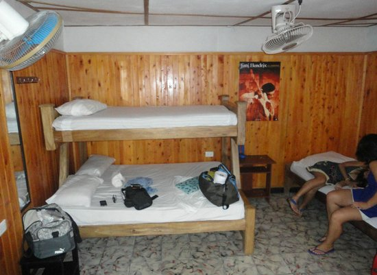 Hostel Mamallena: Private room, sleeps 5, private bathroom