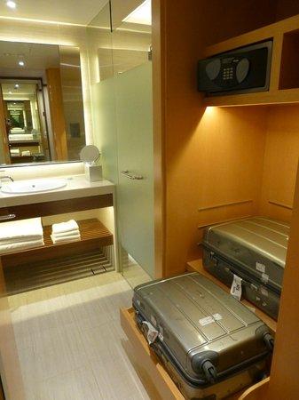 Pan Pacific Singapore : Great luggage storage