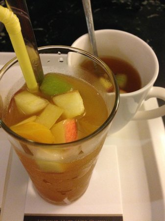 Hotel Dion : free drink and fruit