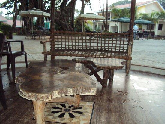 Paradise Villas & Resort: Lake View Relaxation Hut