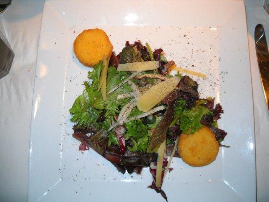 Cibo Ristorante Italiano: Salad with Risoto Croutons