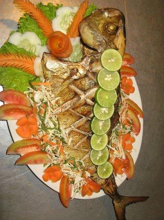 Nooit Gedacht Heritage Hotel: Freshly bakes fish