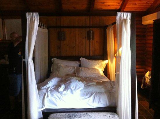 Lodge Roche Tamarin - Village nature : Lit à baldaquins