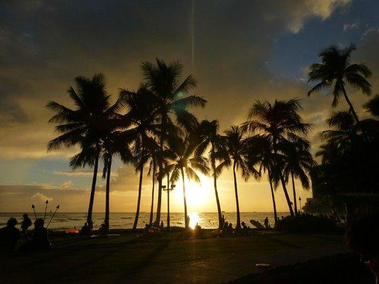 Kuhio Beach: puesta de sol