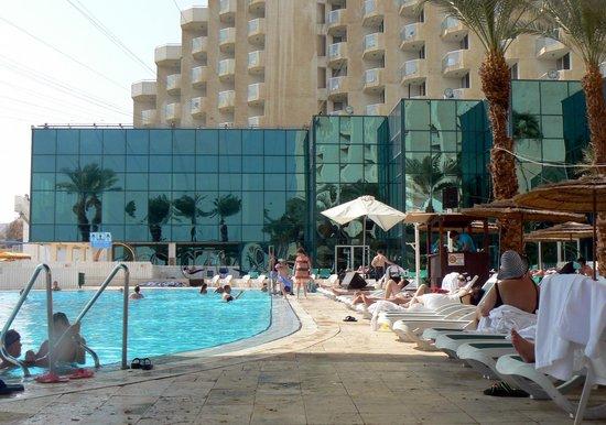 Leonardo Club Dead Sea Hotel : a la piscine