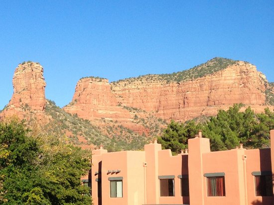 Bell Rock Inn: Beautiful red rock views from the rooms