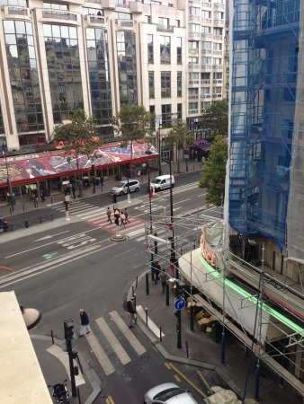 Atelier Saint-Germain: View to Rue Montparnasse