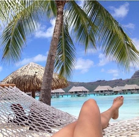 InterContinental Bora Bora Resort & Thalasso Spa: Aproveitando a vista da praia do hotel