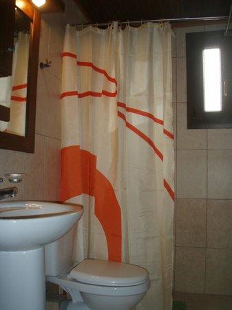 Agnantema: Bathroom