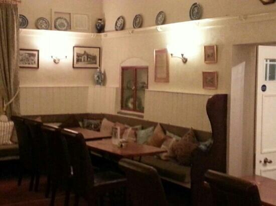 Kings Head Hotel: dinning area