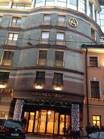 Ambassador Hotel : facciata