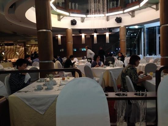 Ambassador Hotel : colazione