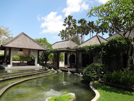Villa Air Bali Boutique Resort & Spa : 夜のヴィラ