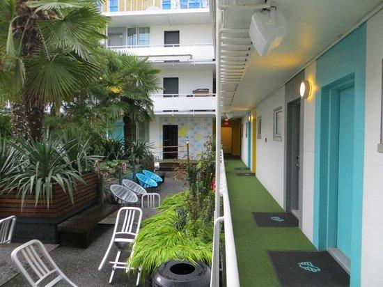 The Burrard: Courtyard area