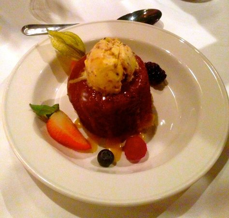 The Five Fishermen : Sticky Toffee Pudding