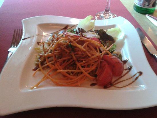 La Terrasse: Salade en entrée