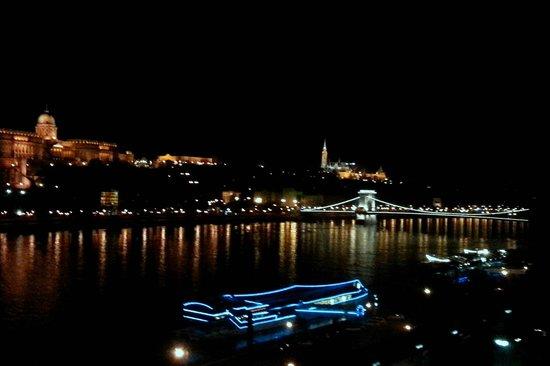 Budapest Marriott Hotel: Вечер