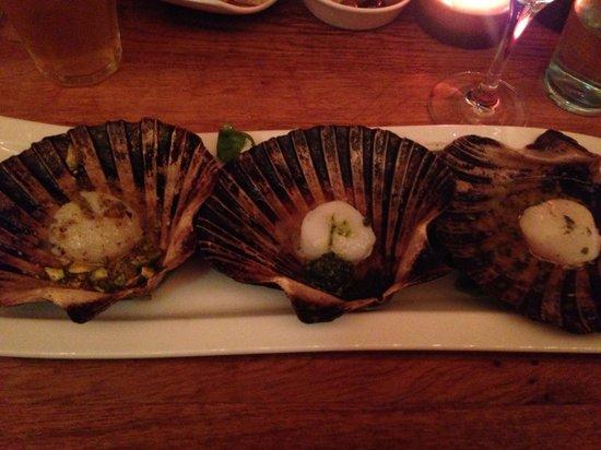 Seasons Restaurant: Scallops cooked three ways. Perfect!!