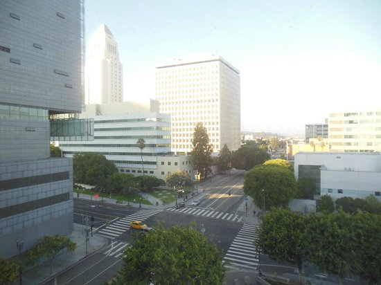DoubleTree by Hilton Hotel Los Angeles Downtown: View from 6th floor.