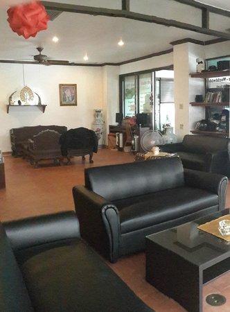 Sawasdee Mansion: Lobby