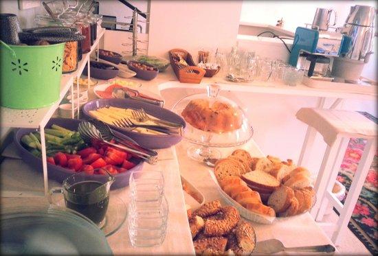 Egesade Otel: egesade a view from breakfast buffet