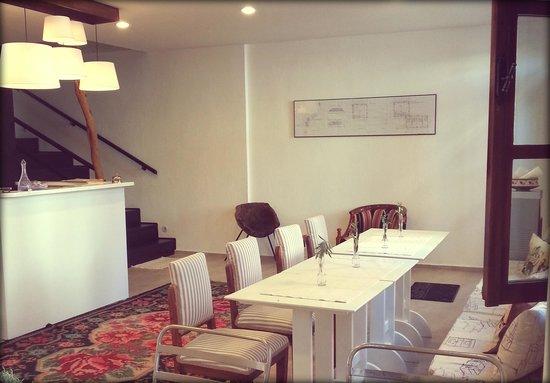 Egesade Otel: egesade, view from reception&lobby