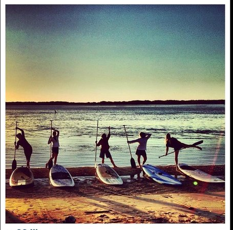 Golden Beach Hire: A beautiful morning stand-up paddleboard session