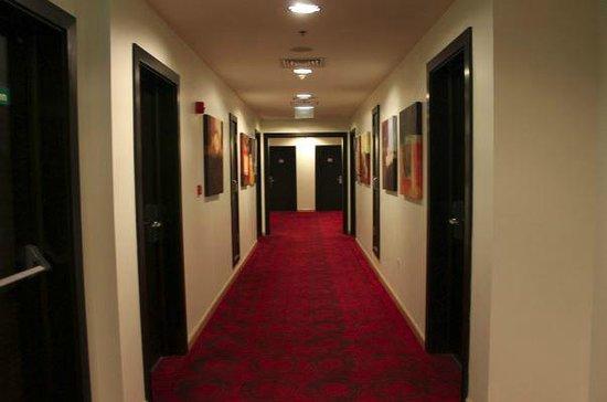 Ramada Encore Doha : Hall