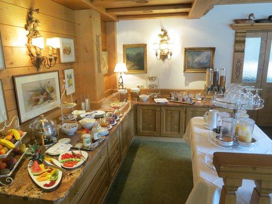 Hotel Haldenhof: Brekafast buffet