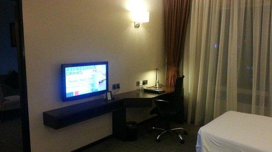 Furama Bukit Bintang: bed room