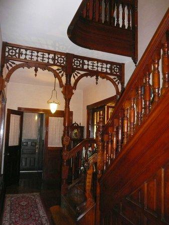 Victorian Loft: stairs