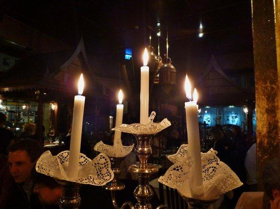 Sila Thai: Kerzenlicht