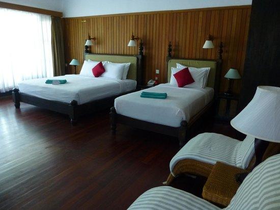 Thande Beach Hotel: Chambre