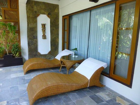 Thande Beach Hotel: Terrasse