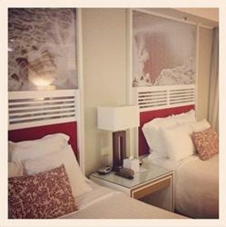 Surfers Paradise Marriott Resort & Spa: The comfy beds and relaxing decor