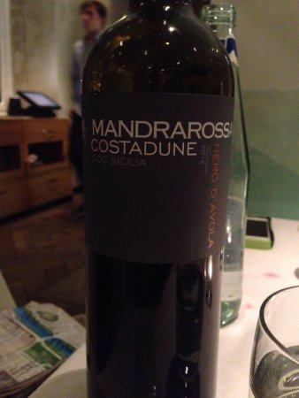 Ristorante Costello: Very smooth wine choice. Not too dry.
