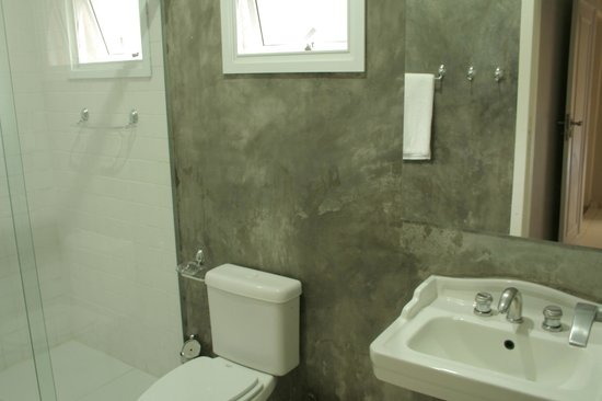 Viva Hostel Design: Private Room bathroom