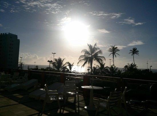Bahiamar Hotel : Vista da área da piscina